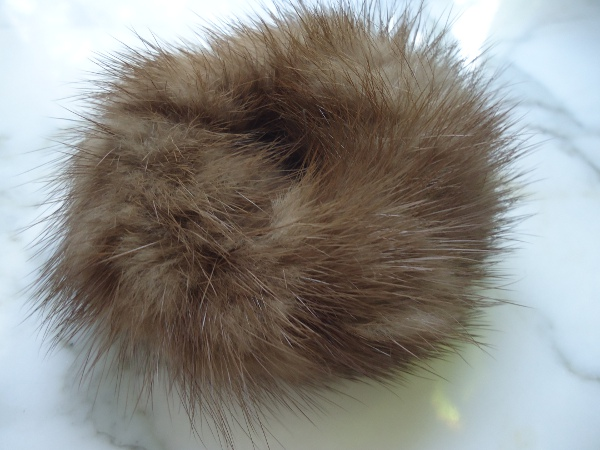 Mink hair band of dark pastell mink