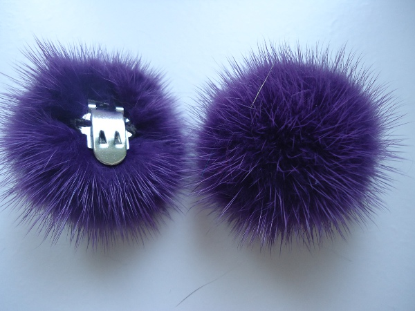 "2 clips with mink pompom for shoes, caps, scarfs "" lilac """