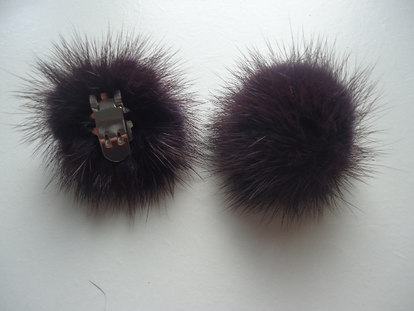 "2 clips with mink pompom for shoes, caps, scarfs "" dark aubergin"