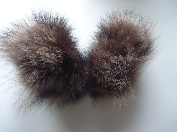 Noble wrist cuffs / wrist warmers made of real raccoon