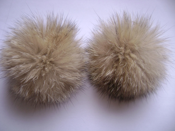 2 XL Fox  pompoms / mink beads for shoes / shoelaces