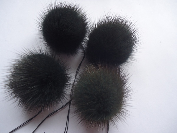 "4 mink  pompoms / mink beads "" green with dark tips """