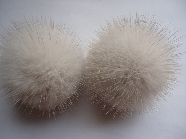 "2 mink  pompoms / mink beads for shoes / shoelaces "" Pearl mink"