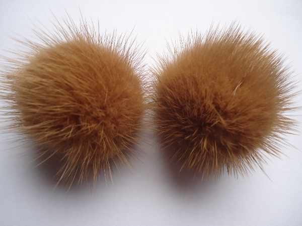 "2 mink  pompoms / mink beads for shoes / shoelaces "" caramell  """